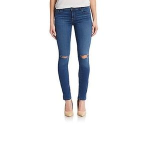[J Brand] Dark Ripped-Knee, Distressed Jeans. 26.